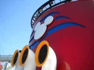 The iconic DCL smoke stack and horn