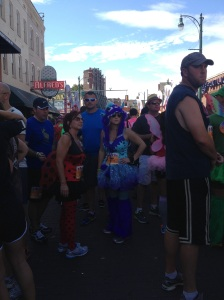 So many fun costumes in the crowd!