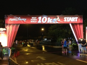 Minnie 10k starting line